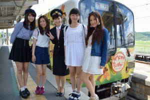 神戸電鉄親善大使候補者と共に
