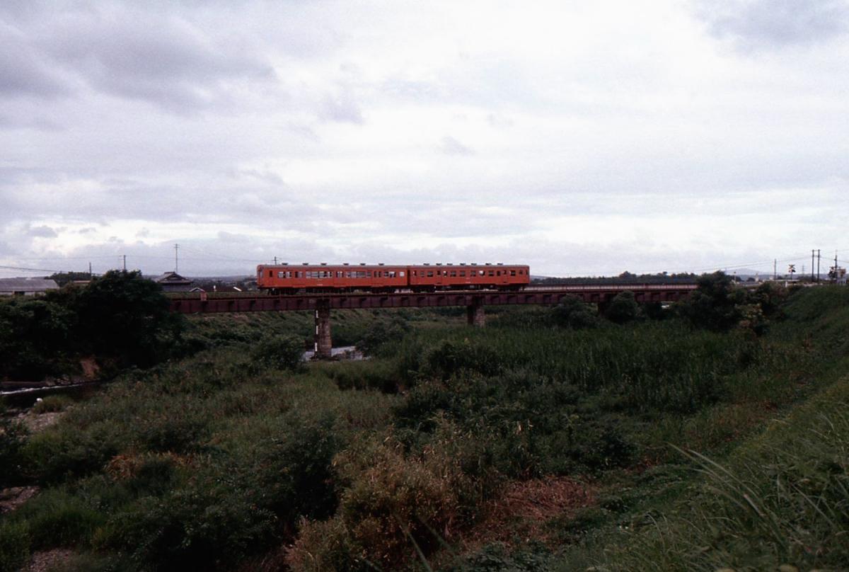 加古川線キハ30系2連