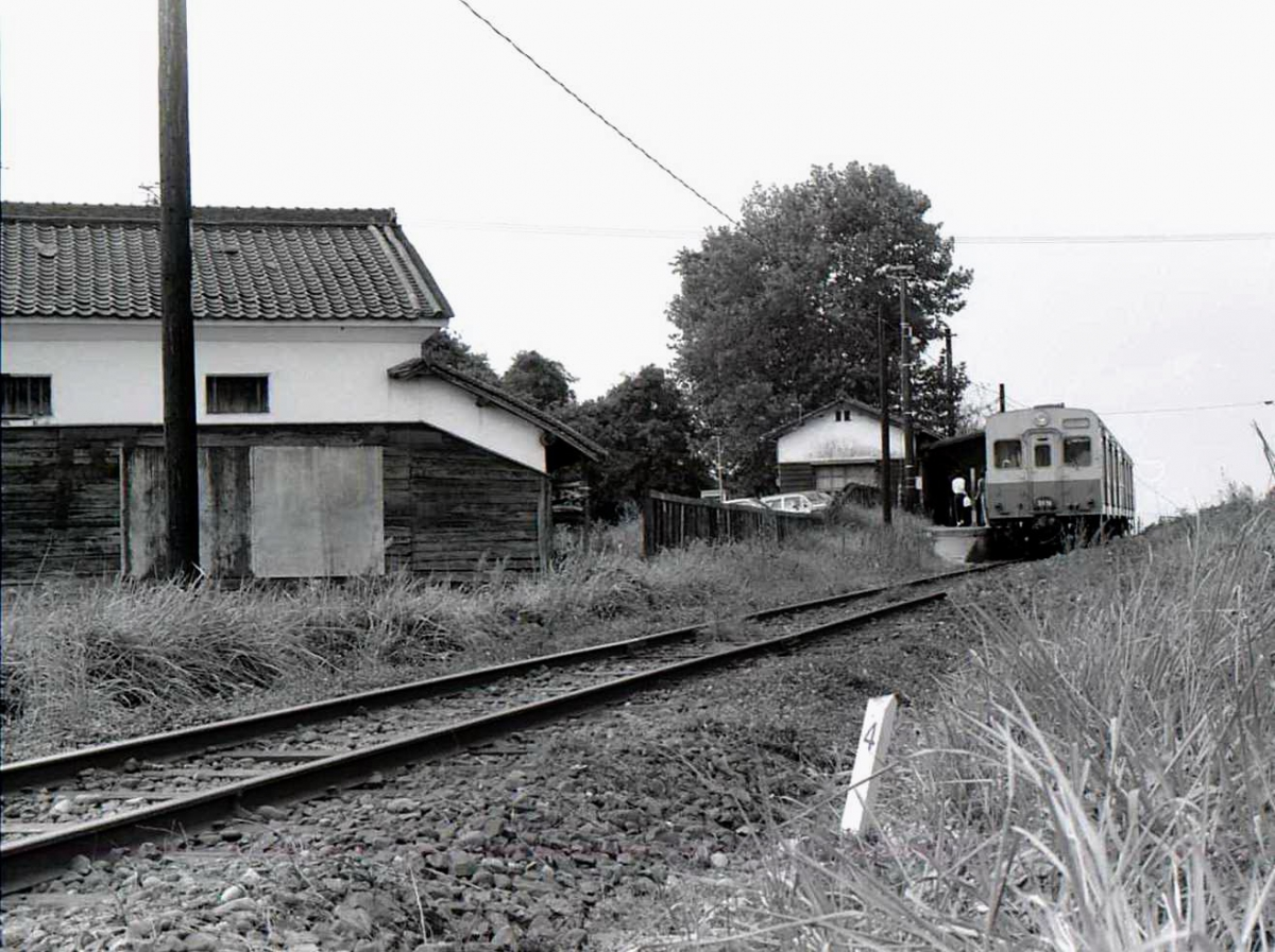 国鉄三木線キハ35系別所付近3
